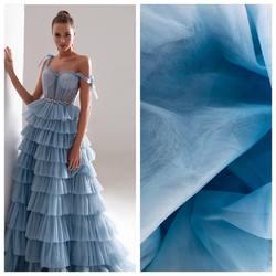 W naszej ofercie jest wiele gatunków tiuli w szerokiej gamie kolorystycznej 🌈 natomiast jeśli marzy ci się suknia w kolorze dove blue proponujemy tiul Hayal nr 11. Lekko rozciągliwy tiul o szerokości 3m. Inspiracja jest suknia z kolekcji #millanova  #scarlett #tkaninyslubne #koronkislubne #lace #lacedress #tulle #tulledress #weddingdress #weddinginspiration #weddinginspirasi #bride #scarlett #warszawa #hurtowniatkanin