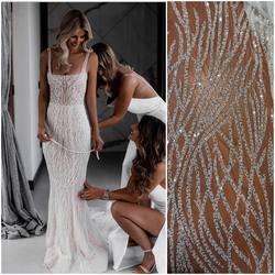 🆕 kod: VL-272 haft na tiulu zdobiony transparentnymi cekinami i koralikami .  Już w sprzedaży ✅ zapraszamy na www.scarlett.pl lub bezpośrednio do siedziby naszej firmy w Warszawie. Inspiracja jest suknia z kolekcji PallasCouture 🥰 #lace #laceweddingdresses #laceinspiration #weddingdress #wedding #lacefabric #bride #slub #weddingispiration #koronkislubne #tkaninyslubne