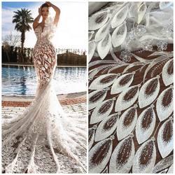 Wspaniały pomysł na wykorzystanie naszej koronki, kod : VL-215 szerokość : 1,35 cm , kolorystyka : biel i ivory⤵️ 🛒: https://bit.ly/2CwVc1Z  #lace #lacedress #laceweddingdress #lacefabric #lacefabric #weddingdress #weddinginspirasi #bride #koronka #koronkislubne #tkaninyslubne #haftnatiulu #slub2020 #scarlett #warszawa